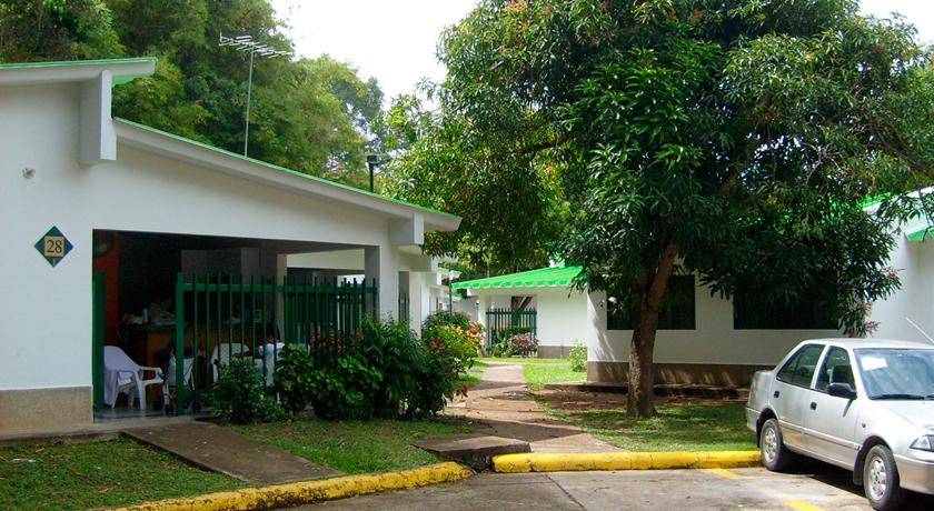 Casas vacacionales cafam - Casa en sabadell centro ...